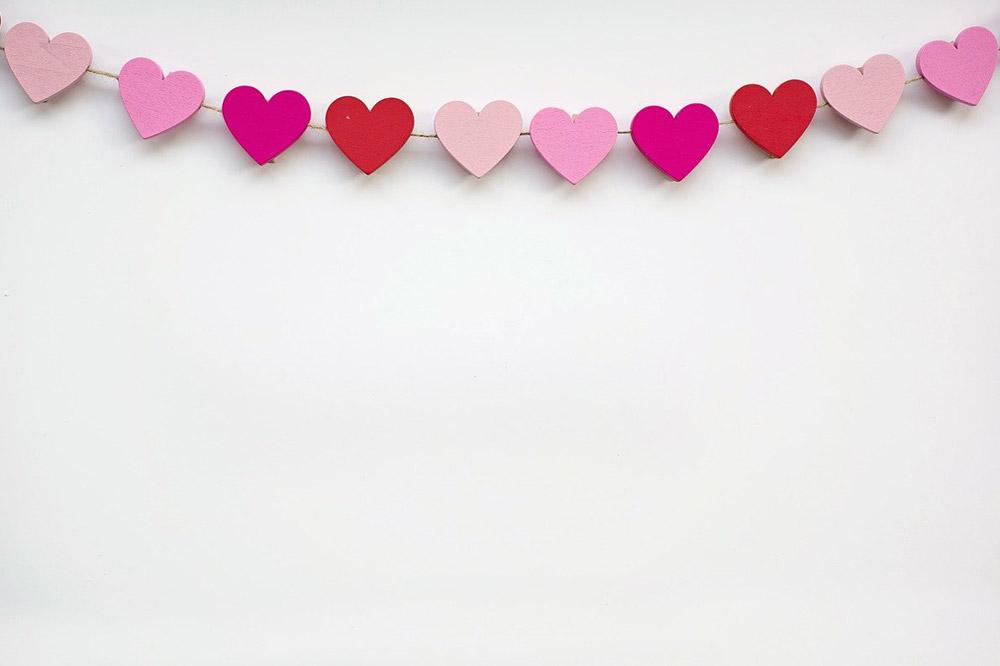 Decoración con guirnaldas de corazones