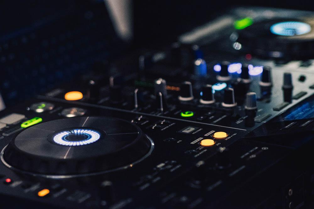 Importancia de la música o sonido en las fiestas